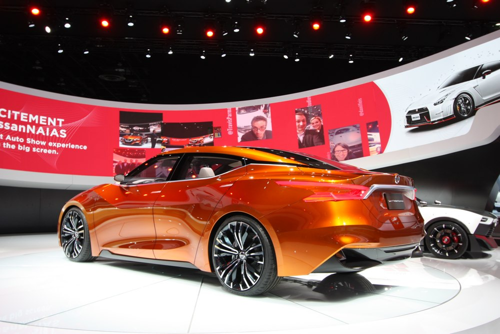 nissan-sport-sedan-concept-naias-2014-detroit-blog-02