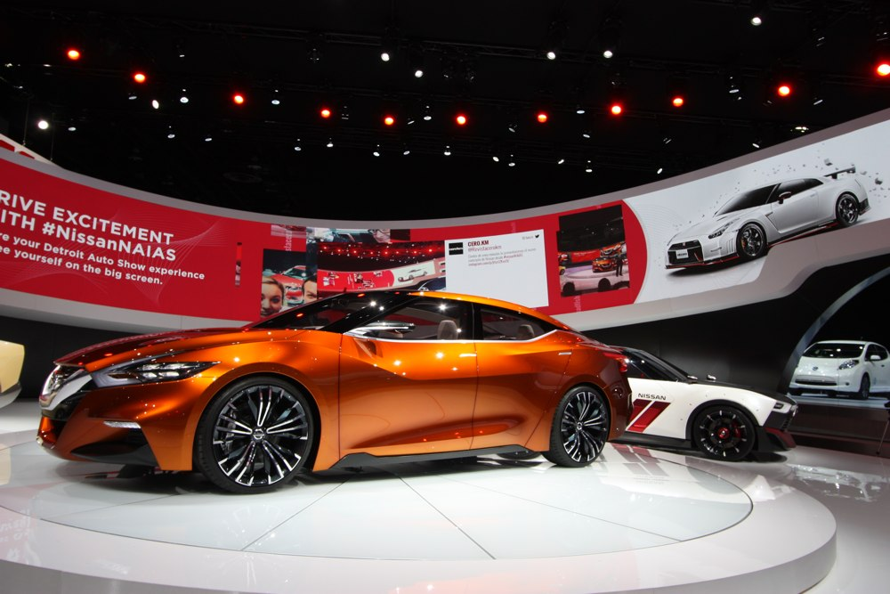 nissan-sport-sedan-concept-naias-2014-detroit-blog-03
