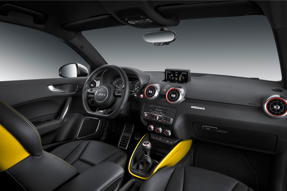 Audi-S1-Innenraum-Beifahrersicht