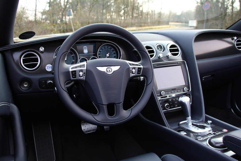 bentley-continental-gtc-v8-test-breitling-innenraum