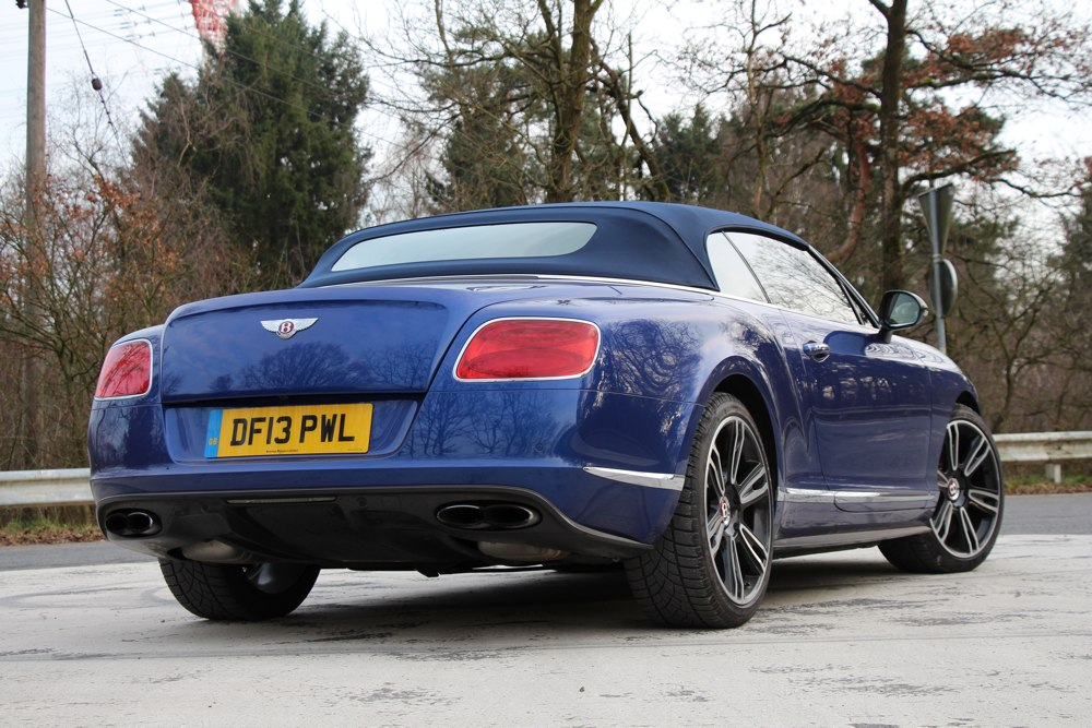 bentley-continental-gtc-v8-test-heck