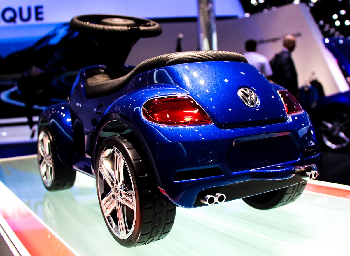 VW-Beetle-R-Junior-Studie-4