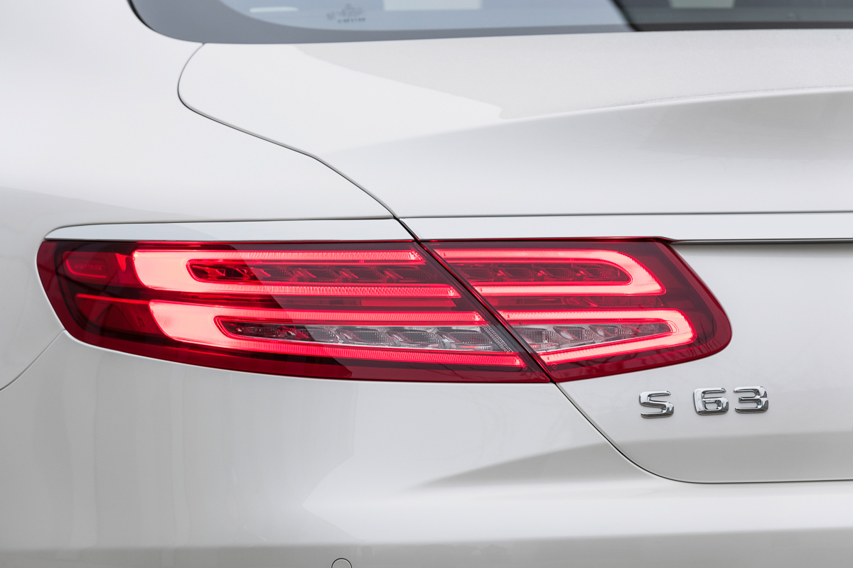 mercedes-benz-s63-amg-coupe-2014-weiss-1