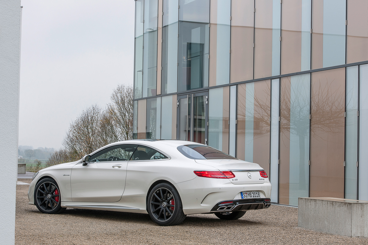 mercedes-benz-s63-amg-coupe-2014-weiss-2