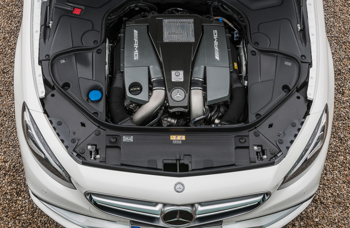 mercedes-benz-s63-amg-coupe-2014-weiss-3