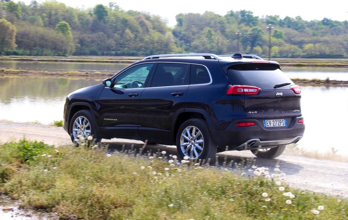 Jeep-Cherokee-2014-Test-Fahrbericht-Kritik-Meinung-V6-Benziner-11