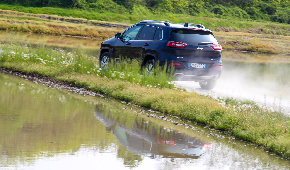 Jeep-Cherokee-2014-Test-Fahrbericht-Kritik-Meinung-V6-Benziner-12