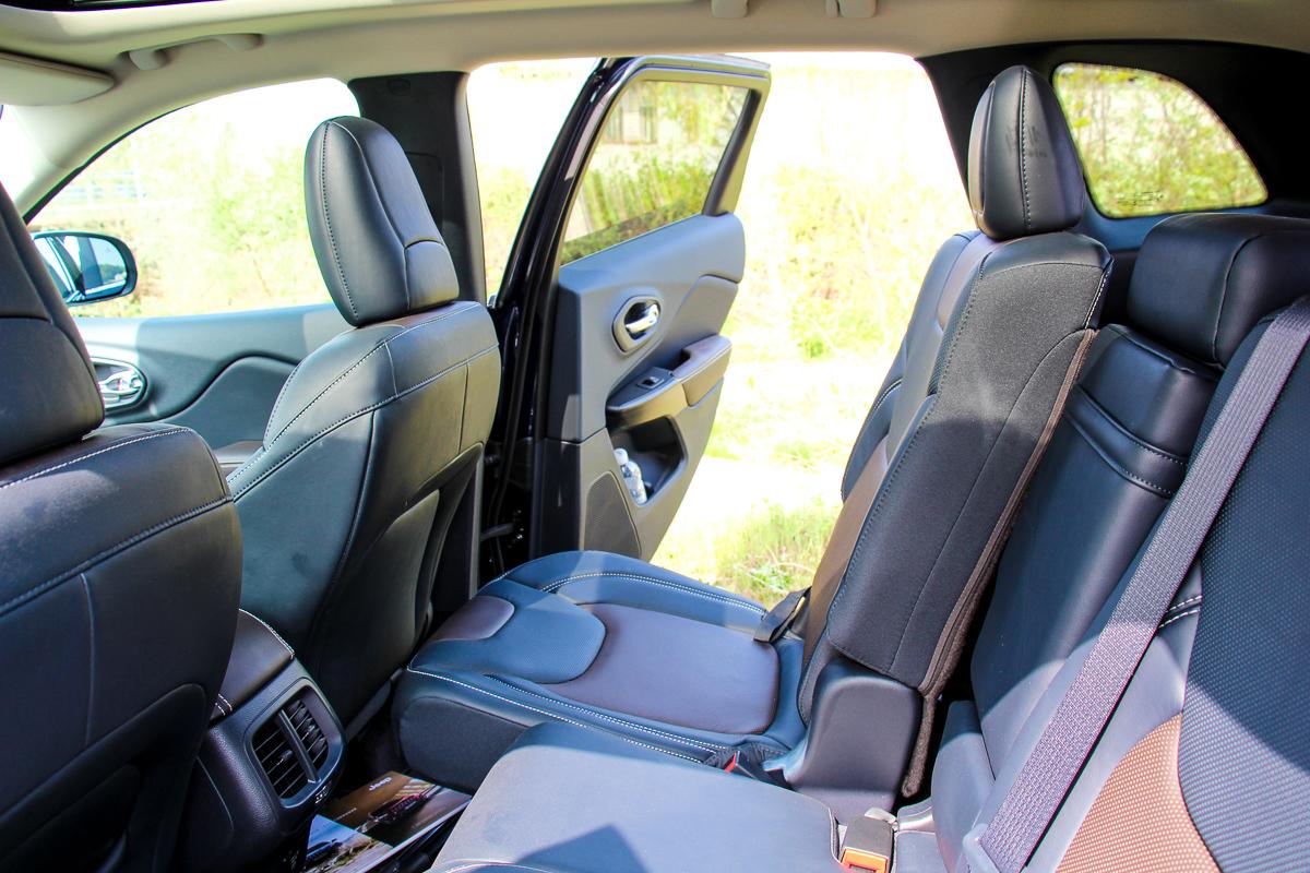 Jeep-Cherokee-2014-Test-Fahrbericht-Kritik-Meinung-V6-Benziner-15