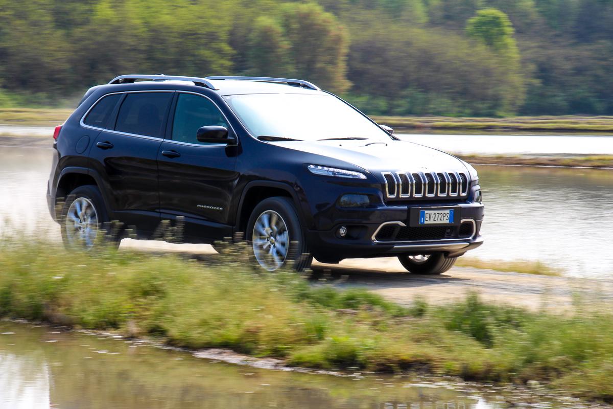 Jeep-Cherokee-2014-Test-Fahrbericht-Kritik-Meinung-V6-Benziner-19