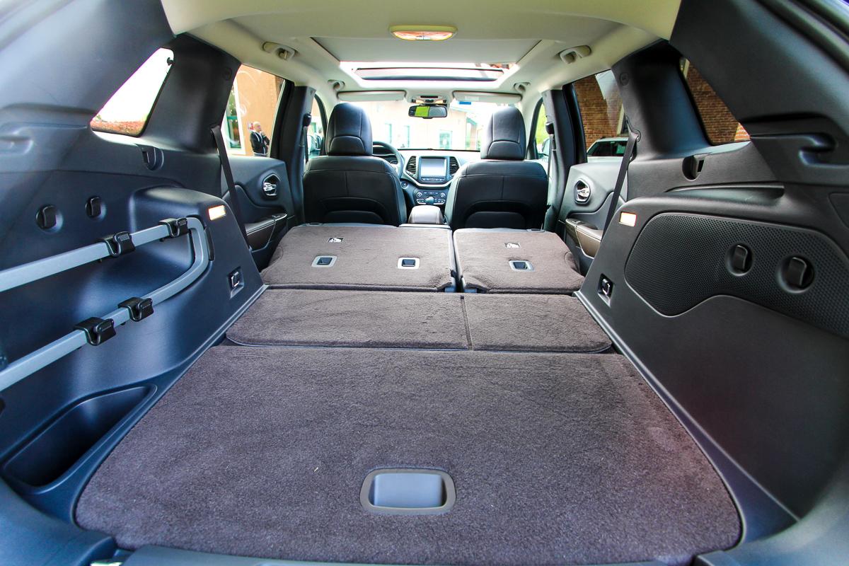 Jeep-Cherokee-2014-Test-Fahrbericht-Kritik-Meinung-V6-Benziner-6