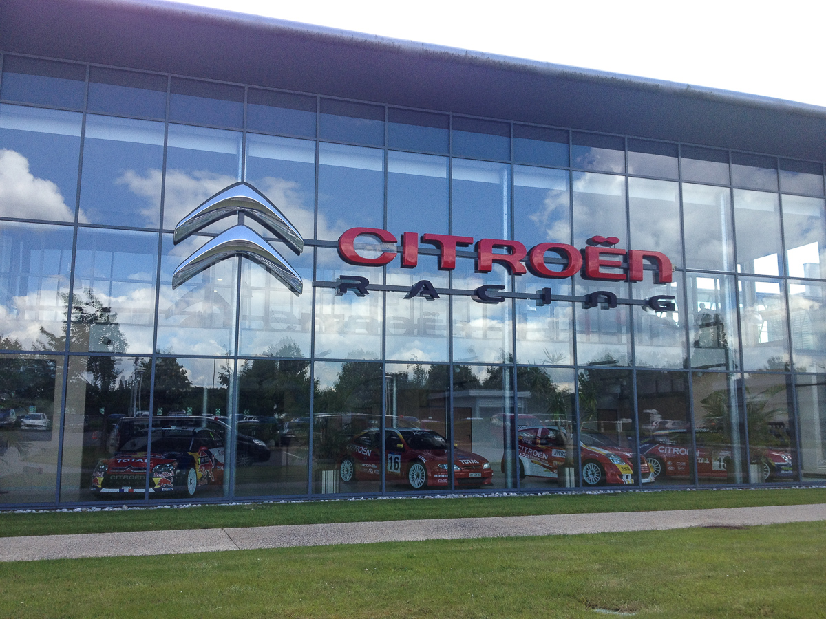 Citroen-Racing-2014-Behind-the-Scenes-Fotos-10