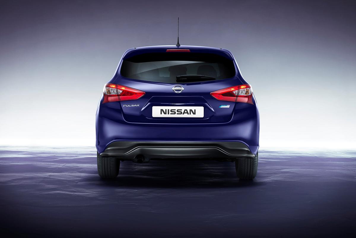 Nissan-Pulsar-2014-5