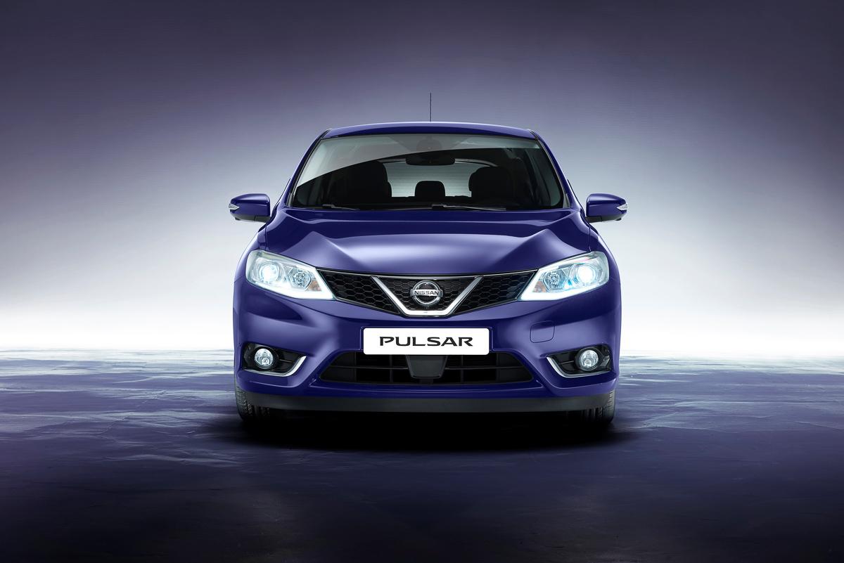 Nissan-Pulsar-2014-8