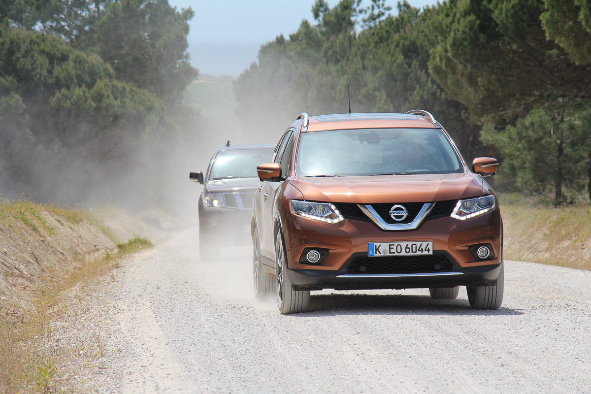 Nissan-X-Trail-2014-Tekna-Test-Fahrbericht-Video-3