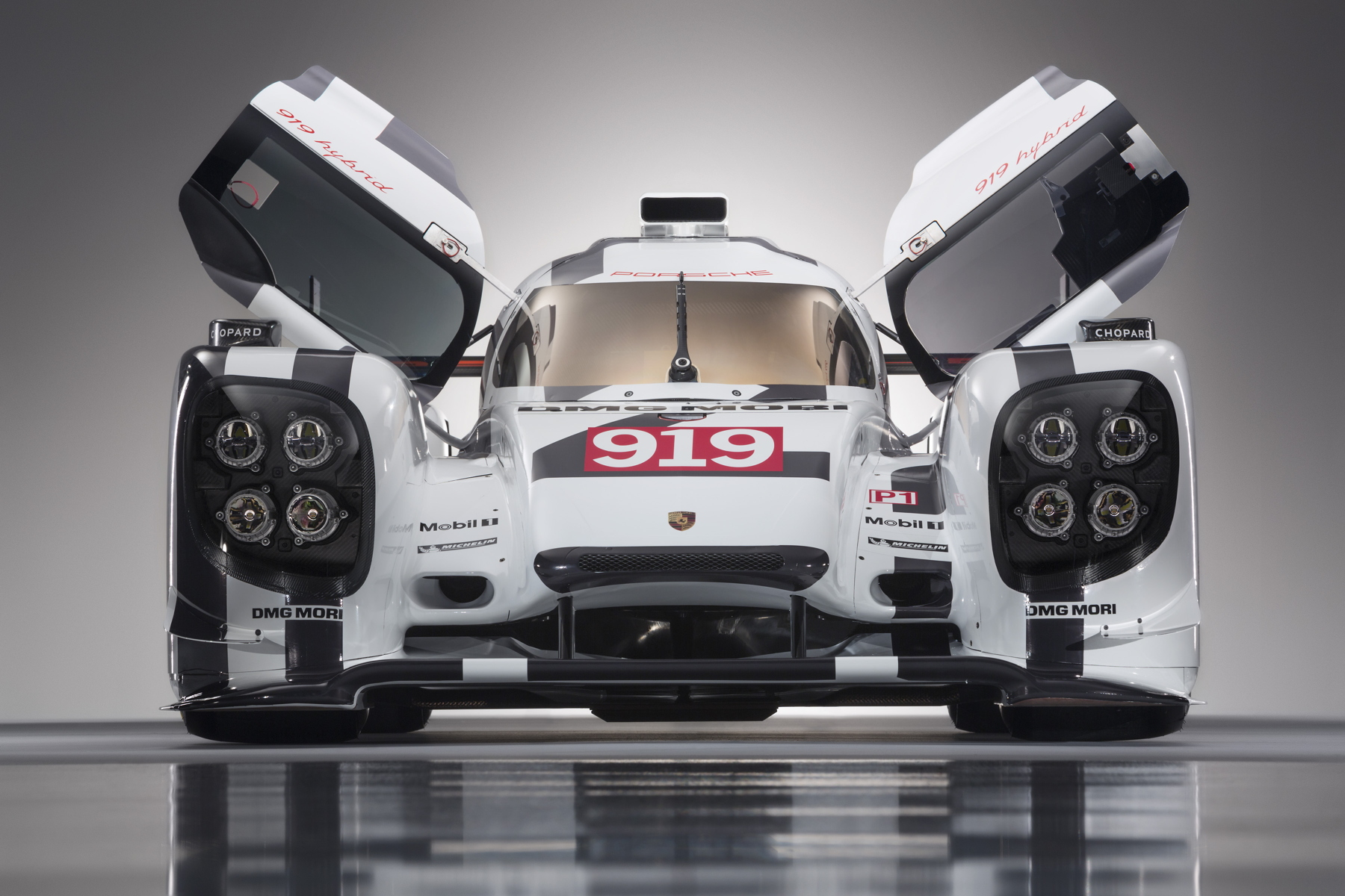 2014-Porsche-Motorsport-Porsche-919-Hybrid-Head-On-Doors-Open