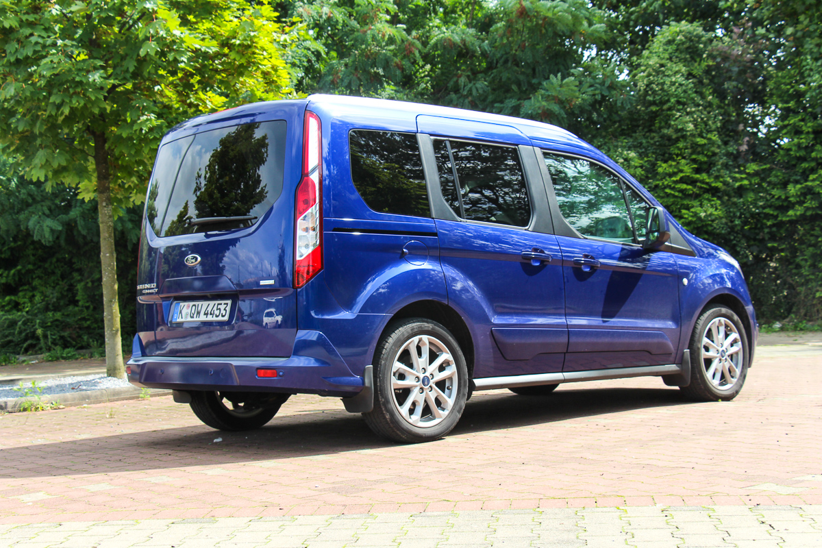 Ford-Tourneo-Connect-Titanium-Ecoboost-Test-Fahrbericht-Video