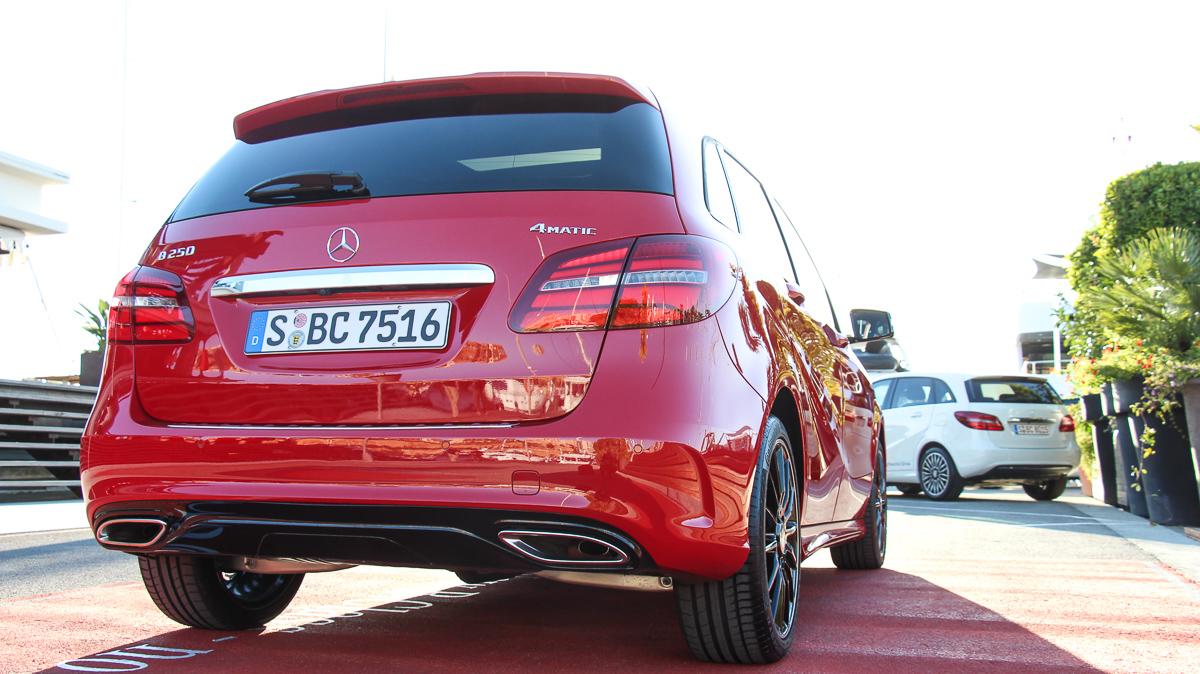 2014-Mercedes-Benz-B-Klasse-B250-4MATIC-Mercedes-Blog-jens-stratmann-3