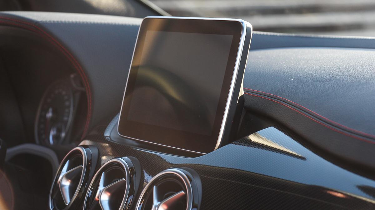 2014-Mercedes-Benz-B-Klasse-B250-4MATIC-Mercedes-Blog-jens-stratmann-4