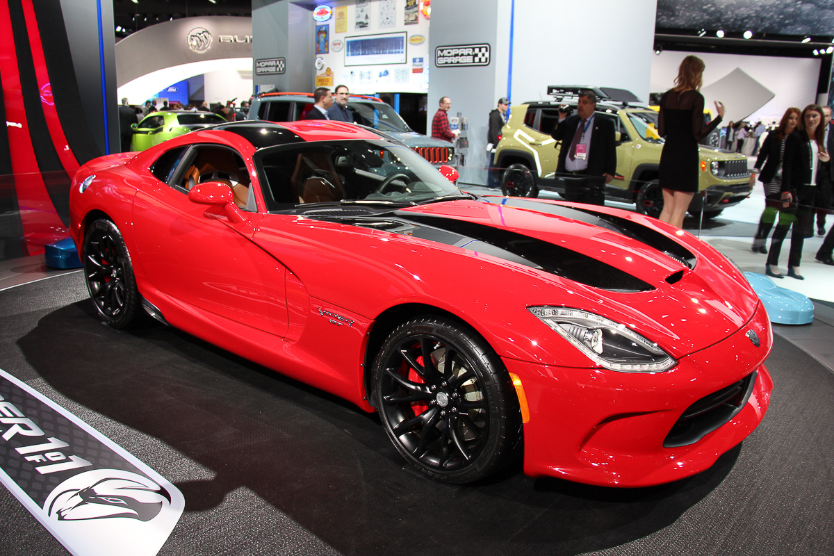 dodge-viper-detroit-naias-2015-1
