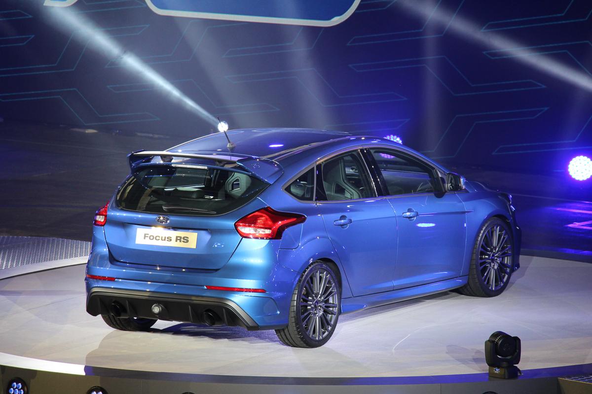 2015-ford-focus-rs-mk3-jens-stratmann-weltpremiere-15