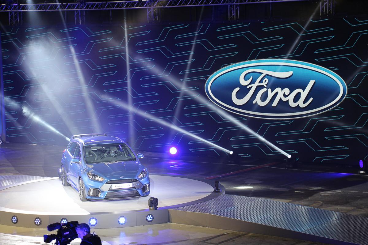 2015-ford-focus-rs-mk3-jens-stratmann-weltpremiere-16