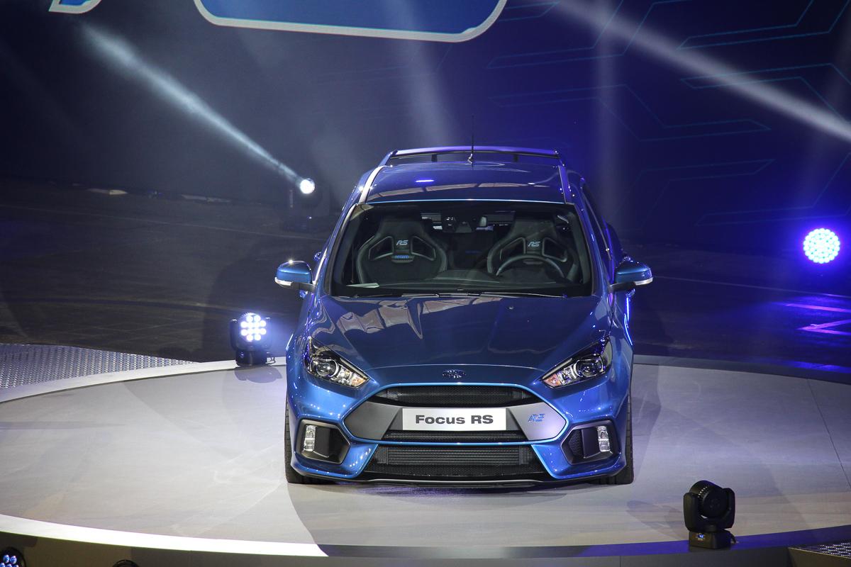 2015-ford-focus-rs-mk3-jens-stratmann-weltpremiere-7