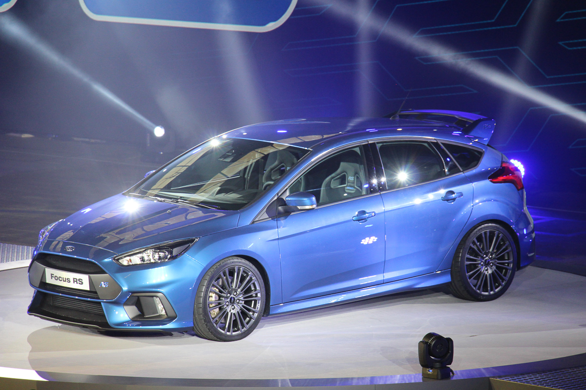 2015 ford focus rs mk3 die ersten informationen und fotos. Black Bedroom Furniture Sets. Home Design Ideas