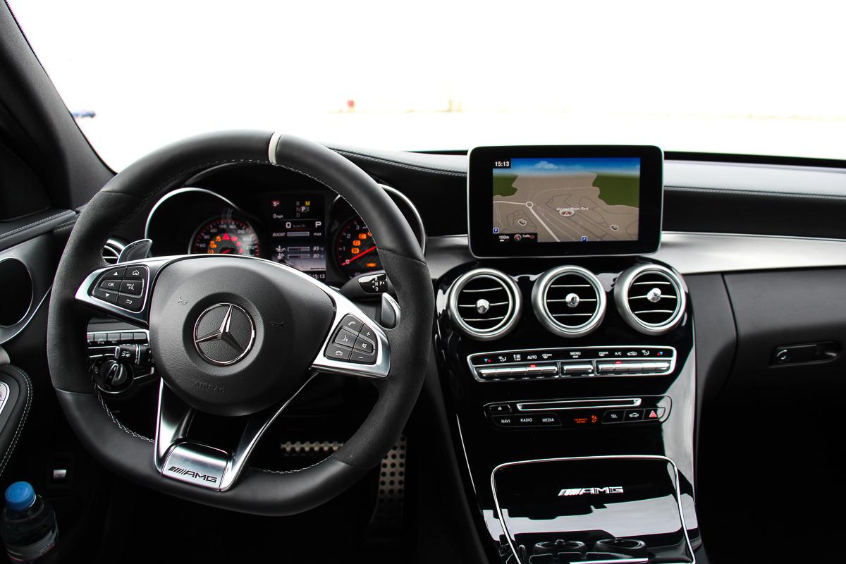 Mercedes-AMG-C63S-Limousine-2015-11