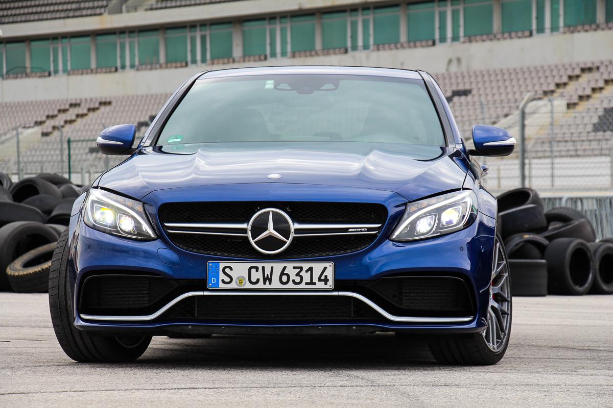 Mercedes-AMG-C63S-Limousine-2015-3