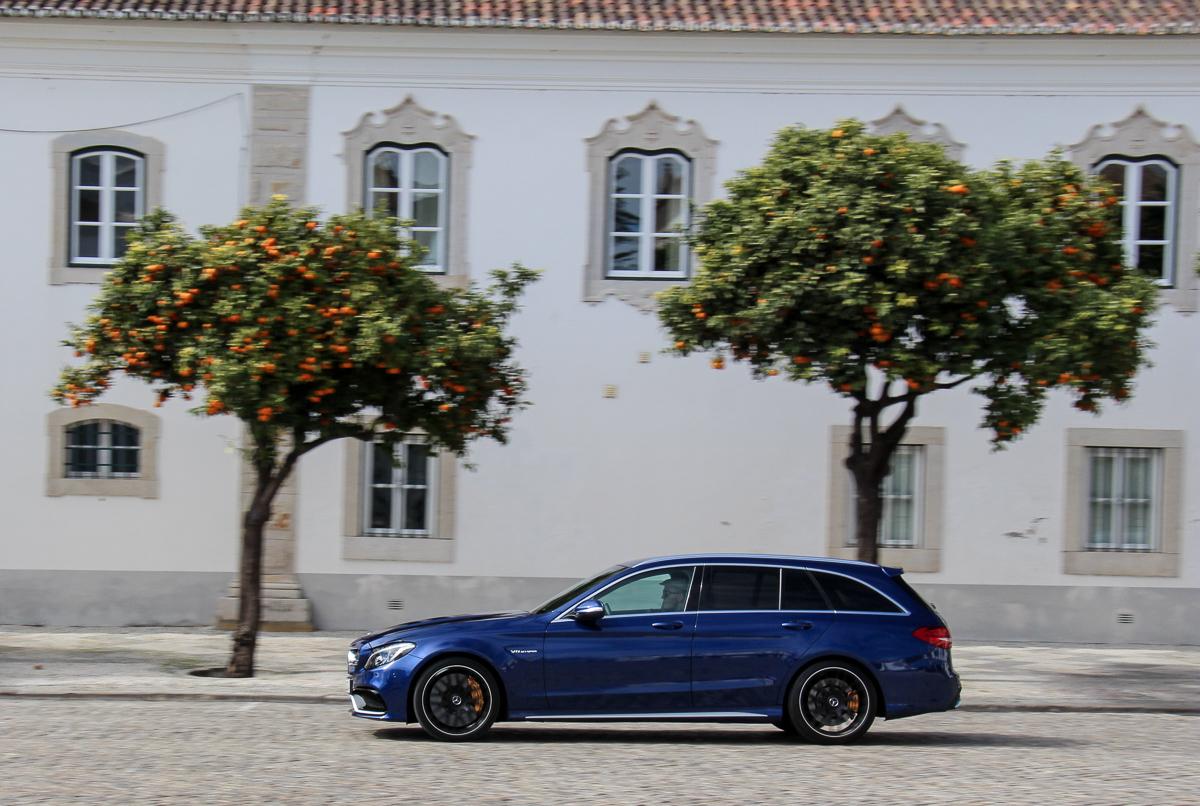 Mercedes-AMG-C63S-T-Modell-2015-20