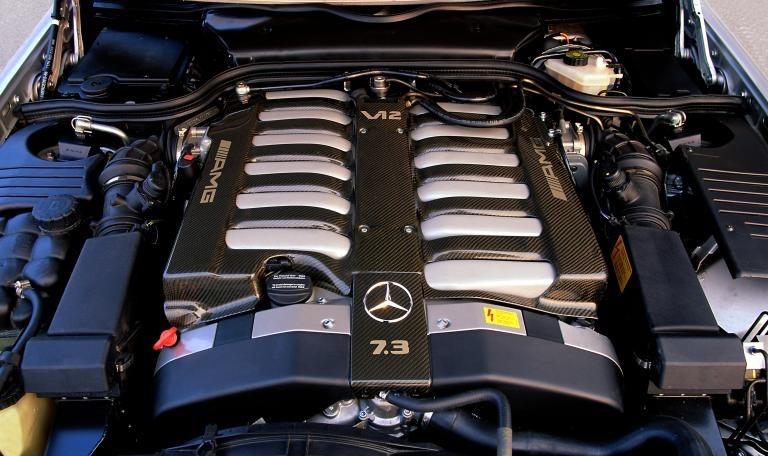 Mercedes-Benz-Typ-SL-73-AMG-Motor
