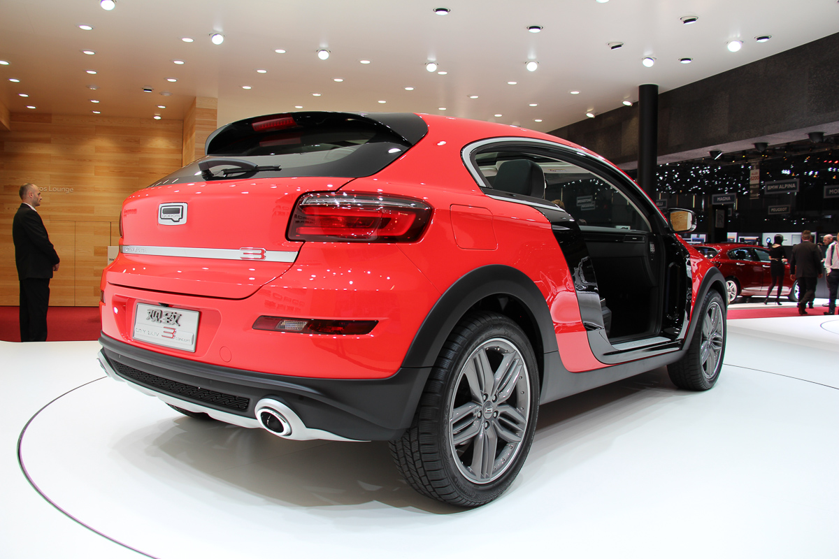 Genfer-Automobil-Salon-2015-441