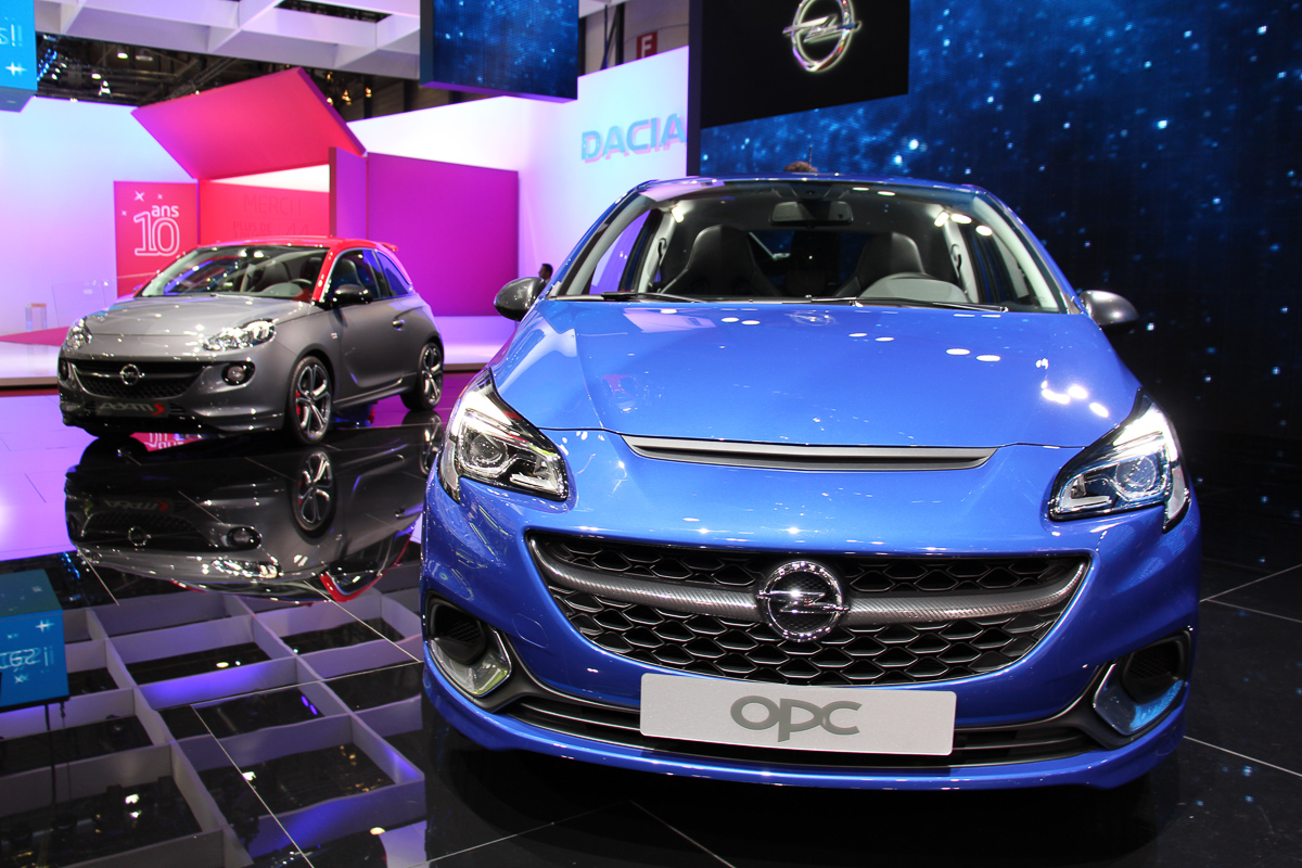 Genfer-Automobil-Salon-2015-597