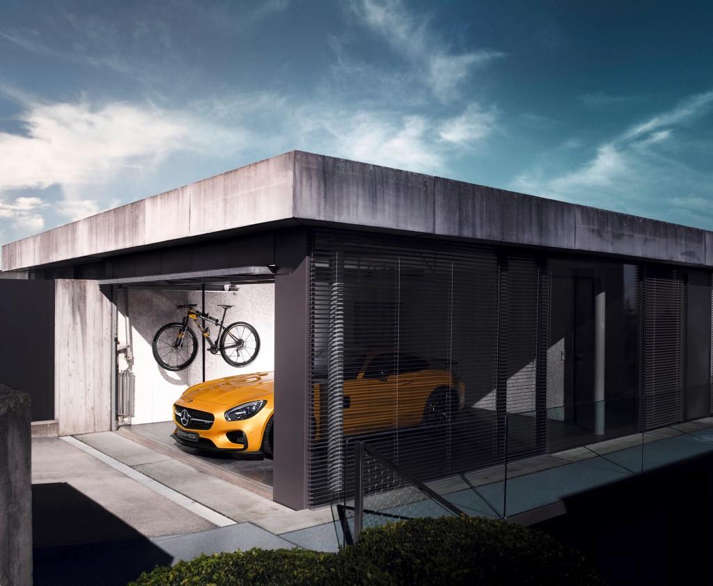 Mercedes-AMG-GTS-Rotwild-Mountainbike