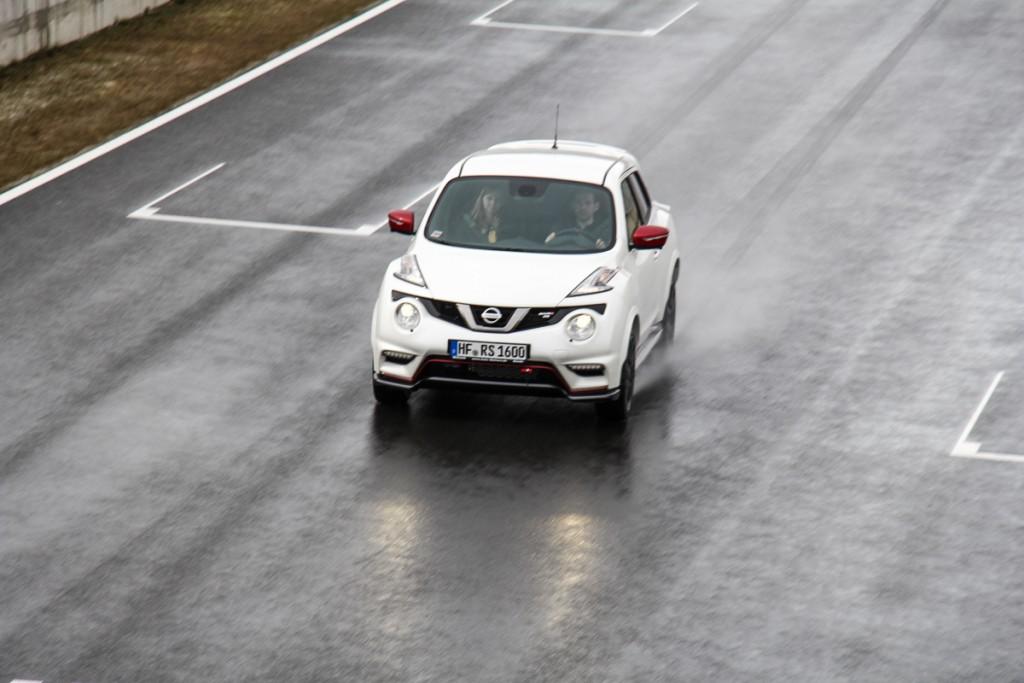 Nissan-Juke-Nismo-RS-Rennstrecke-Probefahrt-Test-Meinung-Bilster-Berg-Bad-Driburg-Deutschland-Fotos-Bilder-1