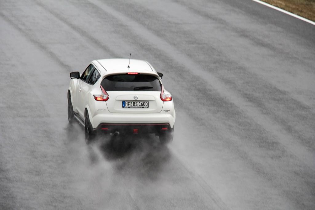 Nissan-Juke-Nismo-RS-Rennstrecke-Probefahrt-Test-Meinung-Bilster-Berg-Bad-Driburg-Deutschland-Fotos-Bilder-2