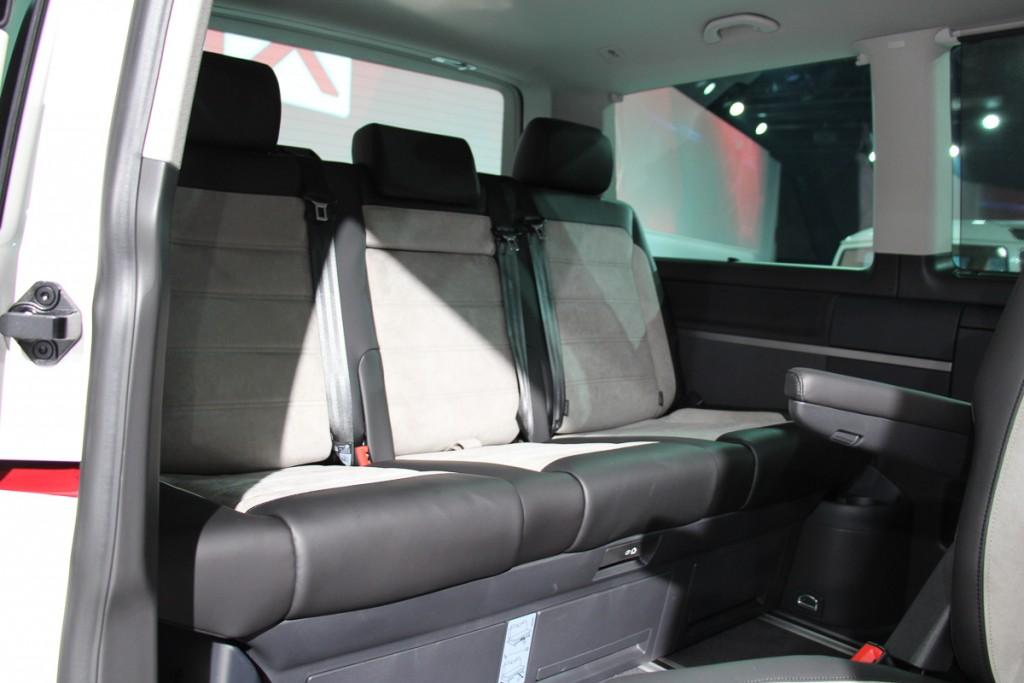 Volkswagen-T6-Generation-Six-der-neue-Bulli-Bus-Transporter-Caravelle-Multivan-2015-51-2