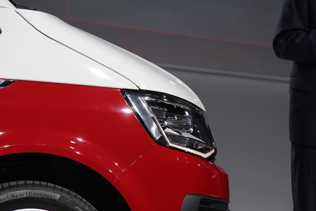 Volkswagen-T6-Generation-Six-der-neue-Bulli-Bus-Transporter-Caravelle-Multivan-2015-53
