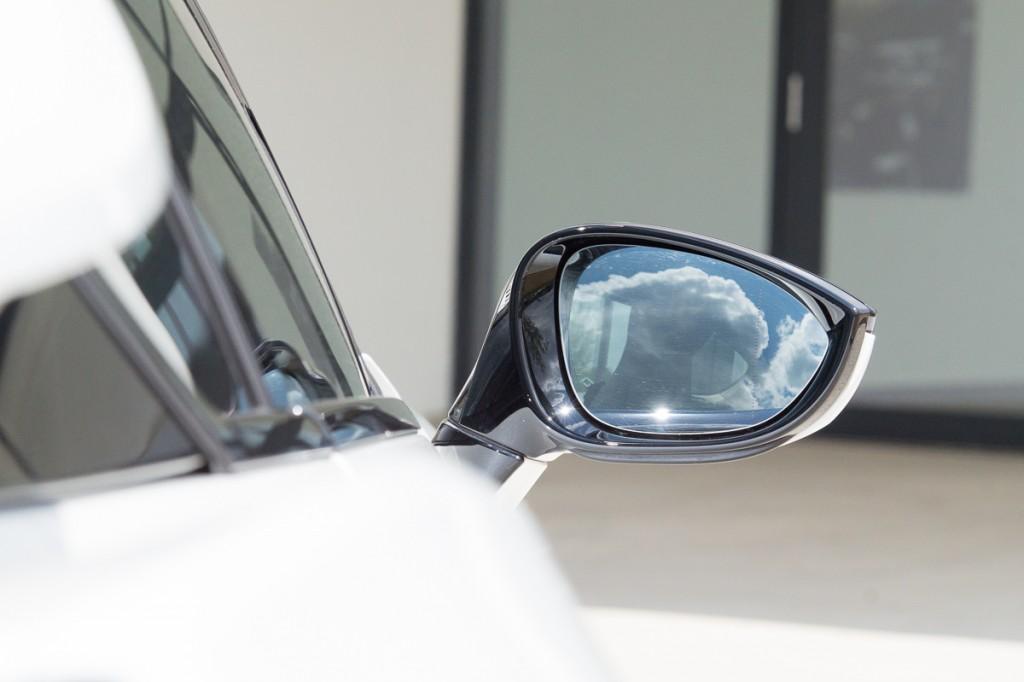 2015-BMW-i8-Porsche-911-Mercedes-AMG-GT-Lamborghini-rad-ab-Jens-Stratmann-8