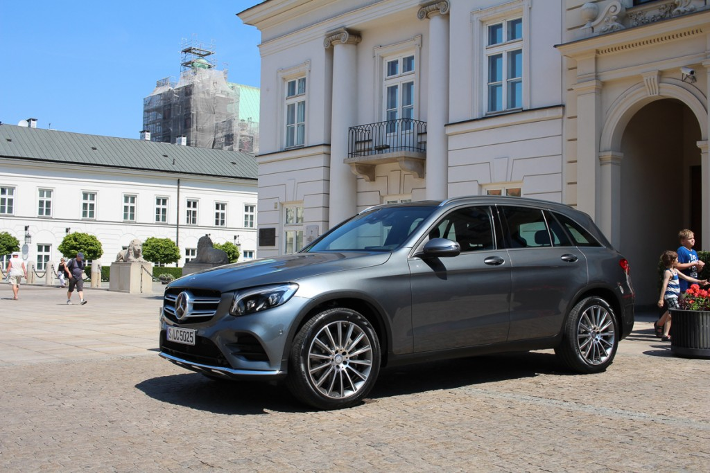 Mercedes-Benz-Roadtrip-2015-MBPolarSun-Warschau-10