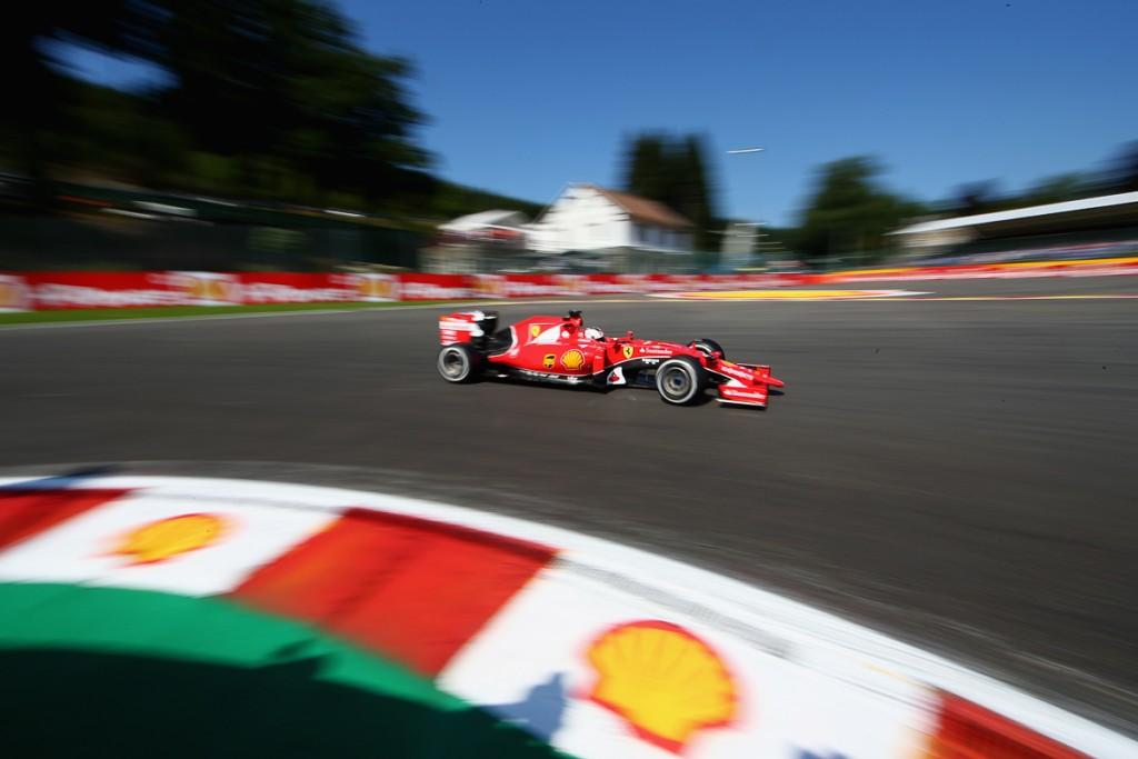 Ferrari-Formel-1-Shell-2015-Spa-Franchorcamps-Sebastian-Vettel-Kimi-10