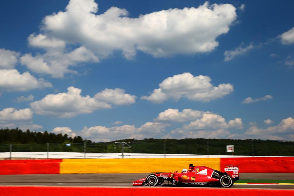 Ferrari-Formel-1-Shell-2015-Spa-Franchorcamps-Sebastian-Vettel-Kimi-12