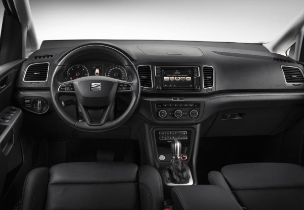seat-alhambra-interior-600x414