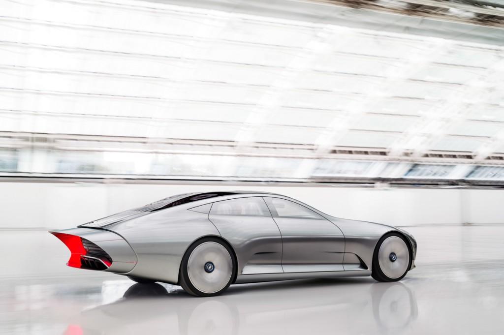 2015-Mercedes-Benz-Concept-IAA-Studie-3