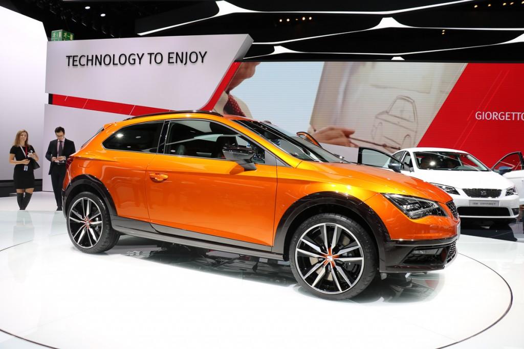 Seat-Leon-Cross-Sport-Concept-IAA-2015-1