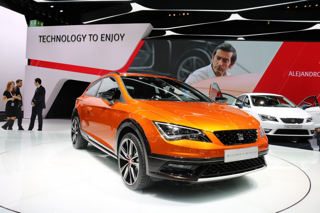 Seat-Leon-Cross-Sport-Concept-IAA-2015-2