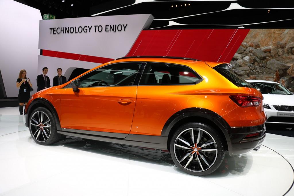 Seat-Leon-Cross-Sport-Concept-IAA-2015-4-1024x683.jpg