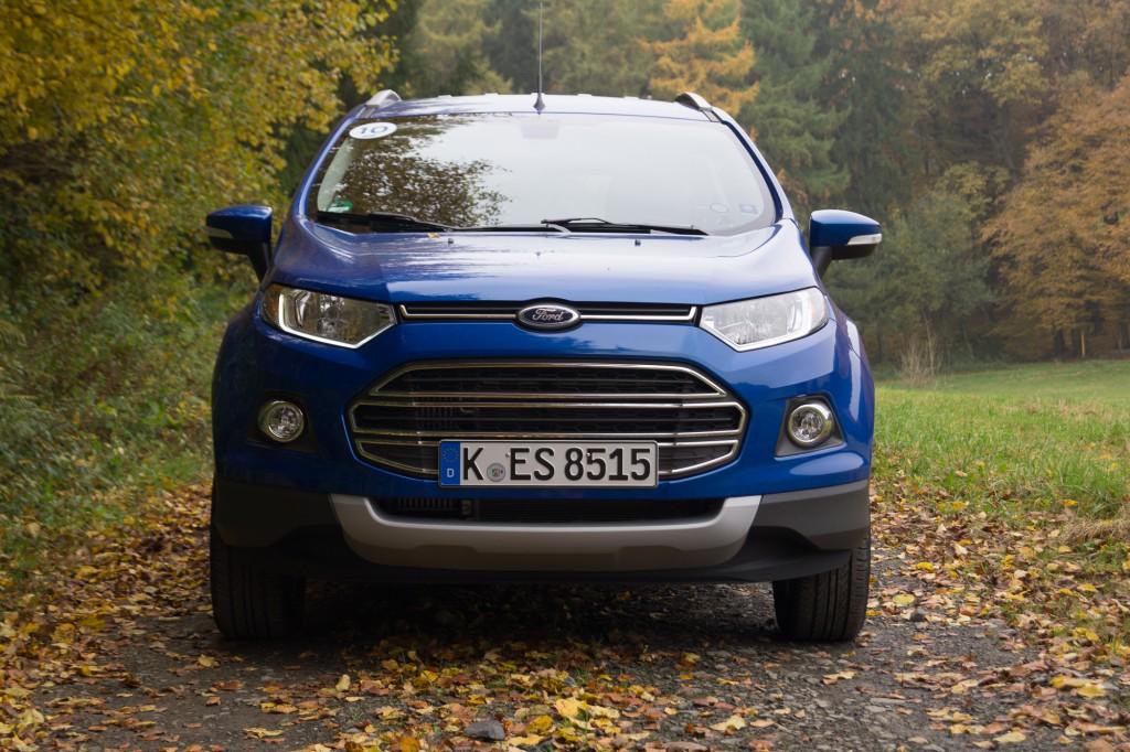 Ford-EcoSport-2015-1