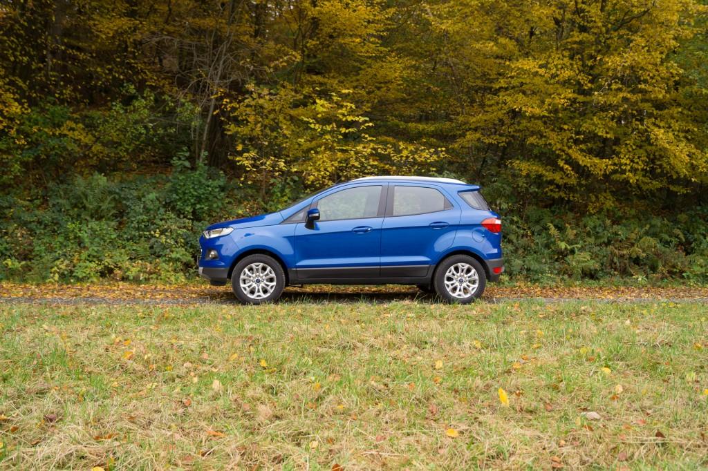 Ford-EcoSport-2015-4