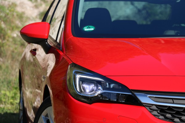 video: opel astra k (2015): voll led matrix scheinwerfer